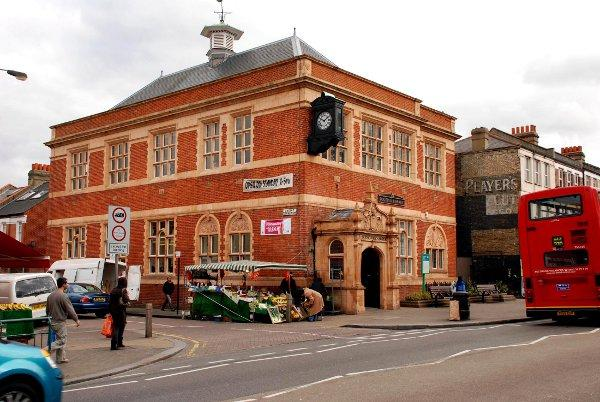 Greenwich Leisure Ltd set to manage Wandsworth libraries