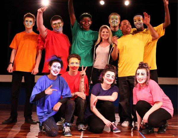 Celebrity dancer joins Wandsworth youngsters in competition