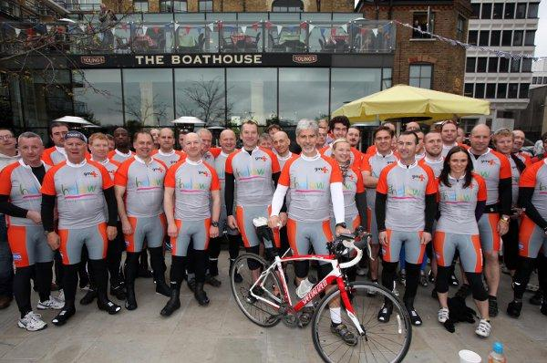 Formula One champion Damon Hill joins charity bike ride