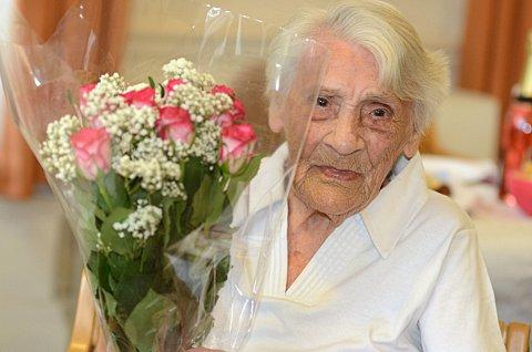 Wandsworth woman Ethel Robrey celebrates turning 103 with tea party
