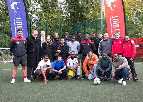 Former Chelsea star Kerry Dixon visits Wandsworth rehab football programme