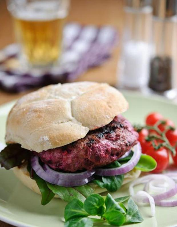 Recipe: Lamb & Sweetfire® beetroot burgers with feta