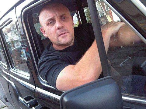 Poetry-writing black cab driver Michael Dennis leaves poems for customers