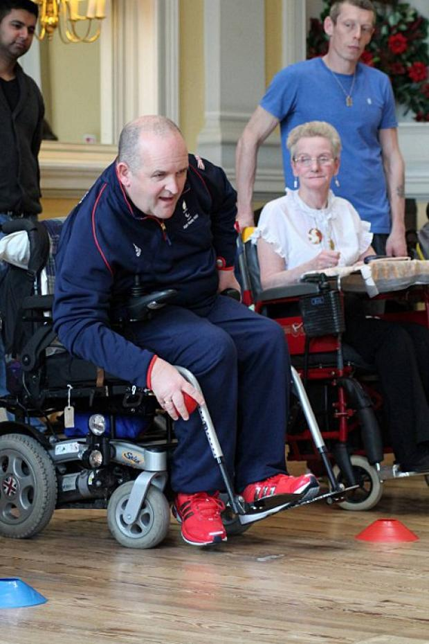 Team GB boccia captain drops into Putney hospital