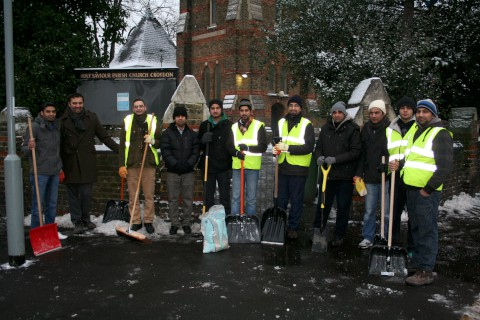 Members of the Ahmadiyya Muslim Youth Association