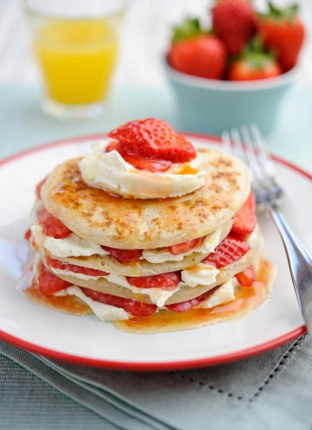 Recipe: Viva! Strawberry Scotch pancakes