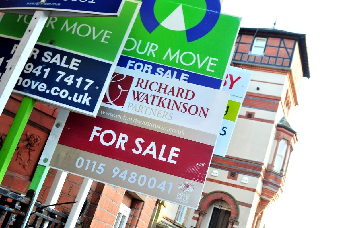 Wandsworth house prices have soared to half a million pounds