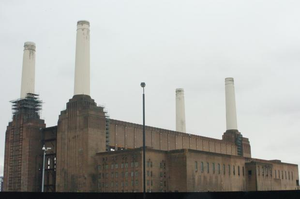 Battersea Power Station evacuated and trains halted after gas leak