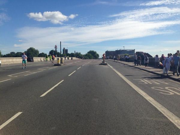 Putney Bridge closes to traffic for three months
