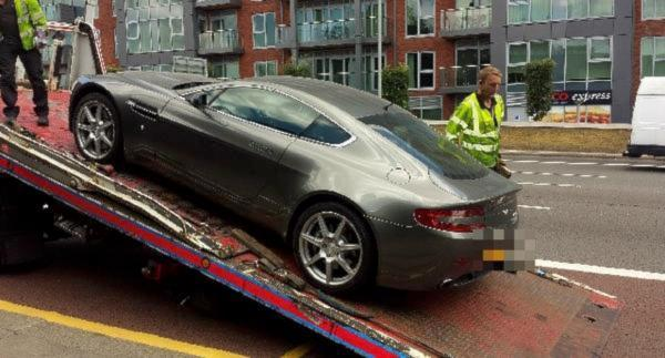 94 000 Aston Martin Seized By Wandsworth Police For No Insurance Wandsworth Times