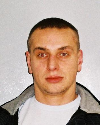 Wanted: Oskar Pawlowichz, 29, who is still wanted in connection with the attack