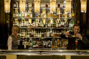 There's a good game menu in the last place you would think to look for one - the whisky bar of a hotel. Review of The Hyde Bar, Knightsbridge