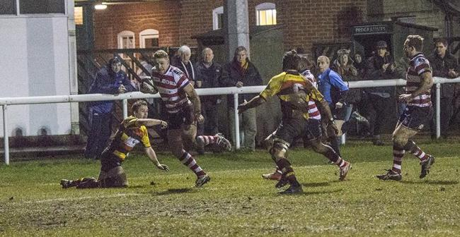 Score: Adam Field breaks to score Rosslyn Park's first try at Richmond             All pictures: Charlie Addiman