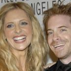 Wandsworth Guardian: Sarah Michelle Gellar shares adorable throwback pictures of her and Buffy co-star Seth Green
