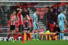 Tom Heaton stands firm as Sunderland slip closer to relegation