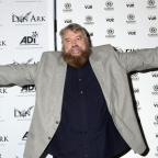 Wandsworth Guardian: Brian Blessed takes over GMB's weather report as he calls Piers Morgan 'ugly'