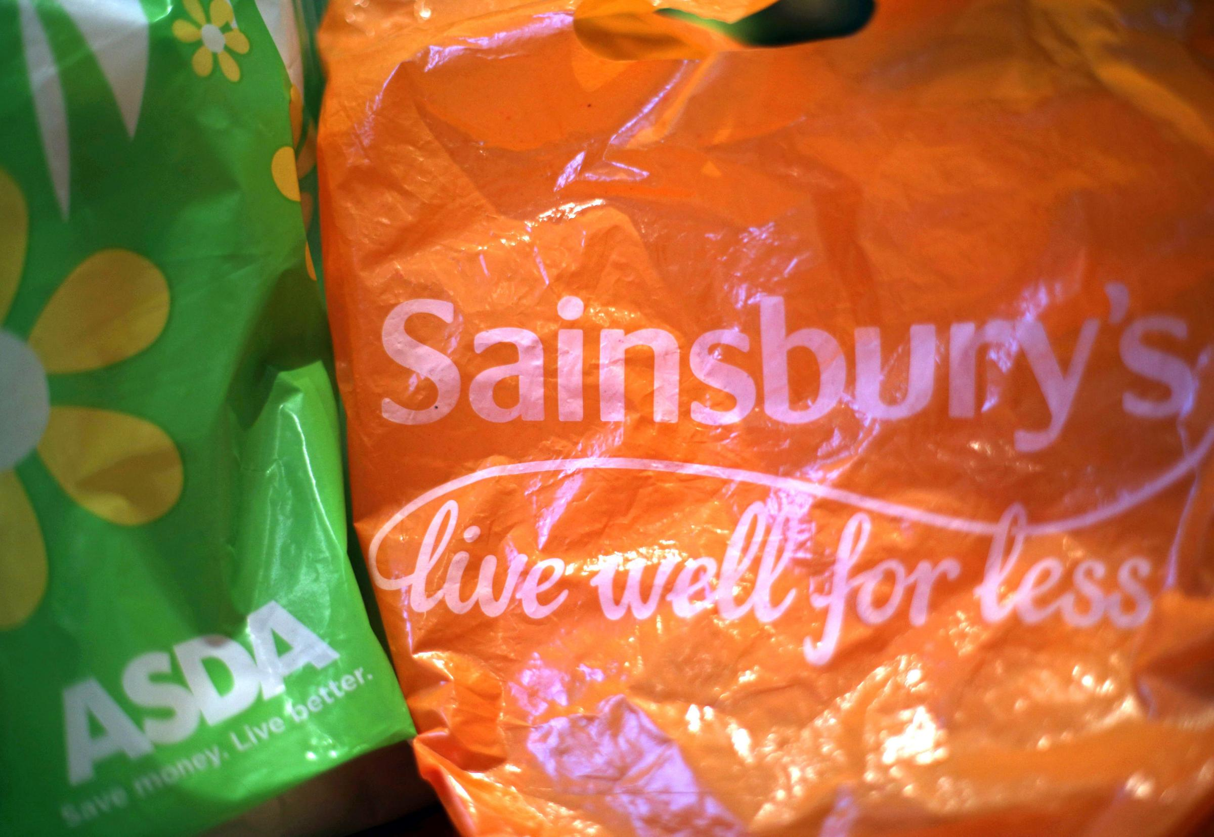 Sainsbury's and Asda are recruiting -  Yui Mok/PA Wire