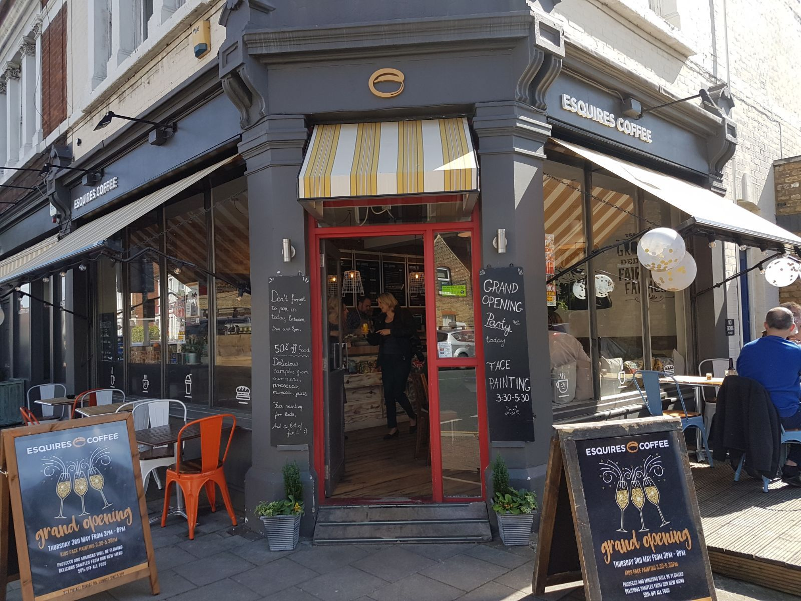 Exterior of Esquires Coffee shop in Putney