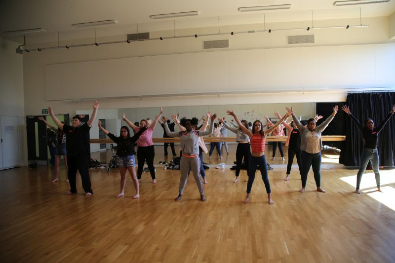 A musical theatre class at the open day
