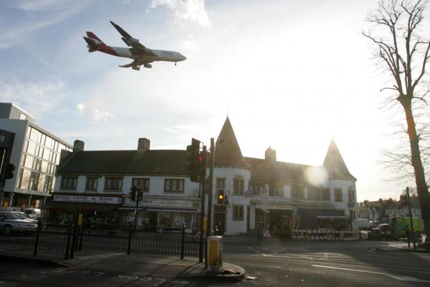 Residents urged to report Heathrow flight trial impact